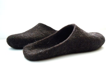 Eco friendly natural brown black color felted backless men's slippers