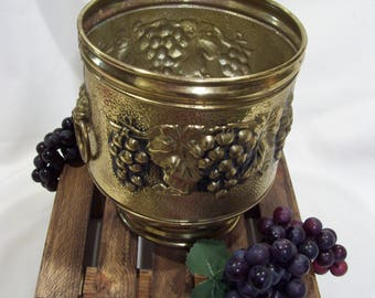 Large Lombard England Brass Pot,Mid Century,Large Brass Planter,Grapes,Lion Ring Handles,Brass from England,Textured Brass,Grape Leafs