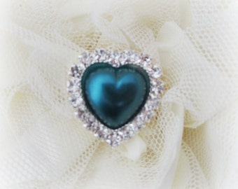 Teal Pearl and Rhinestone Heart Button. QTY: 1 button.
