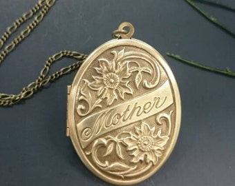 Mother gift Vintage style Locket Necklace - Vintage Antique brass, mother day gift, family, wife.