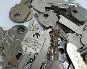 Vintage Flat Keys- Set of 50 #8