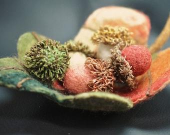 Leaf Dish, Leaf Bowl, Silk Fusion Dish, Silk Fusion Bowl, Silk Fusion Acorns, Fiber Dish, Fiber Acorns, Felted Acorns, Nuno Felted