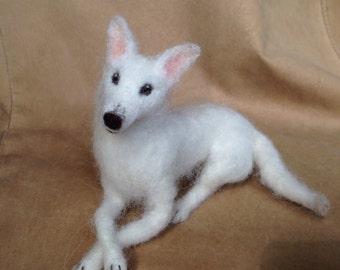 Needle Felted Dog, Wool Pet Portrait, White German Shepherd, Husky