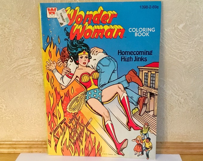 WONDER WOMAN: Homecoming High Jinks Coloring Book (1979)