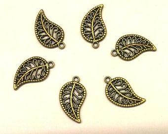 Set of 30 charms leaves bronze T-33