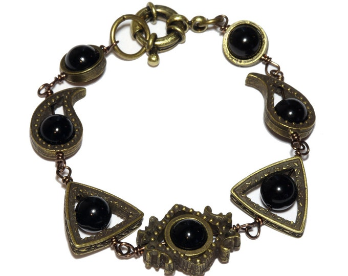 Neo Victorian Jewelry - Bracelet - Brass Tone with Black Onyx