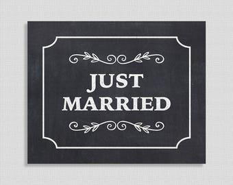 Just Married Wedding Sign, Chalkboard Style Sign, Wedding Sign, Wedding Decor, Reception Sign, INSTANT PRINTABLE