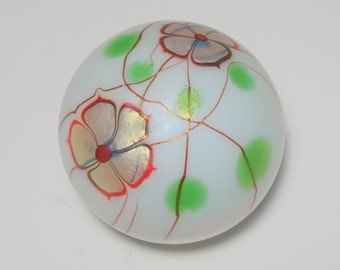 Signed 1979 Steven Lundberg Studios Iridescent Floral and Vines Art Glass Paperweight, Lundberg Studios, Lundberg Art Glass, Art Glass