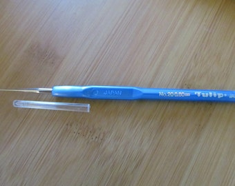 Tulip Fine Steel Crochet Hook with Comfortable Plastic Handle Size 20 Free Shipping