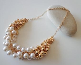 Wedding Pearl Necklace.