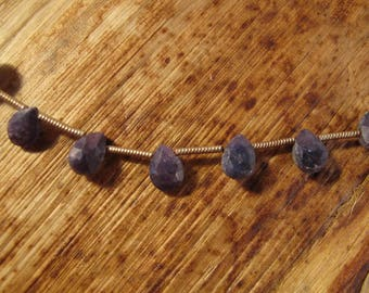 Dusty Blue Sapphire Beads, Pear Shaped Briolettes, Faceted Gemstones, 18 Blue Gemstones, 8 Inch Strand, 9mm x 7mm (B-Sa2a1)