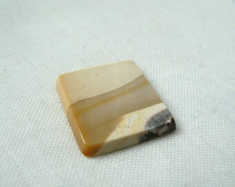Mookaite Cabochon - P200 Gemstone rectangle