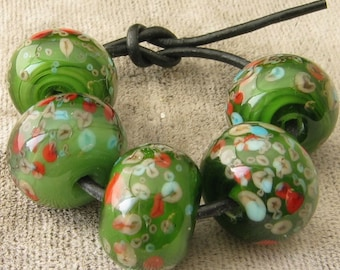 Holiday Mistletoe Lampwork Spacer Handmade Glass Beads Red Ivory Frit Mix on Green Choose 2 4 5 or 6 bead set