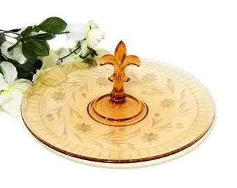 Fostoria Depression Glass Floral Etched Amber Cake Cookie Plate Fleur de Lis Handle