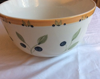 Caifornia Pantry Classices Ceramics Large Olive Serving Bowl