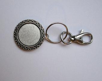 key holder bracket, insert a 1 inch cabochon