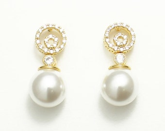 Pearl drop bridal earrings, round style, bridesmaids, Mother of the bride gift, Mother of the groom earrings, Wedding Jewelry