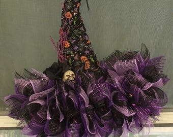 Halloween Witch Hat Wreath