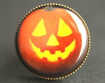 Happy Jack O Lantern Ring. Halloween Ring. Laughing Pumpkin Graphic Button Ring. Adjustable Ring. Bronze Ring. Halloween Jewelry.