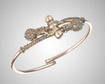 Victorian Etruscan revival spring clip bangle bracelet gold fill