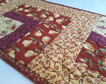 Golden Table Runner, Red Runner, Country Kitchen, Rustic Table