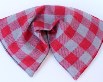 Flannel corn bag - corn heating bag - large - red gray plaid - microwave or freezer - corn warmer - hot cold pack - corn filled heating pad