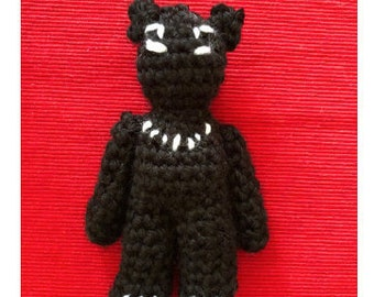 Black panther amigurumi (crochet pattern!)