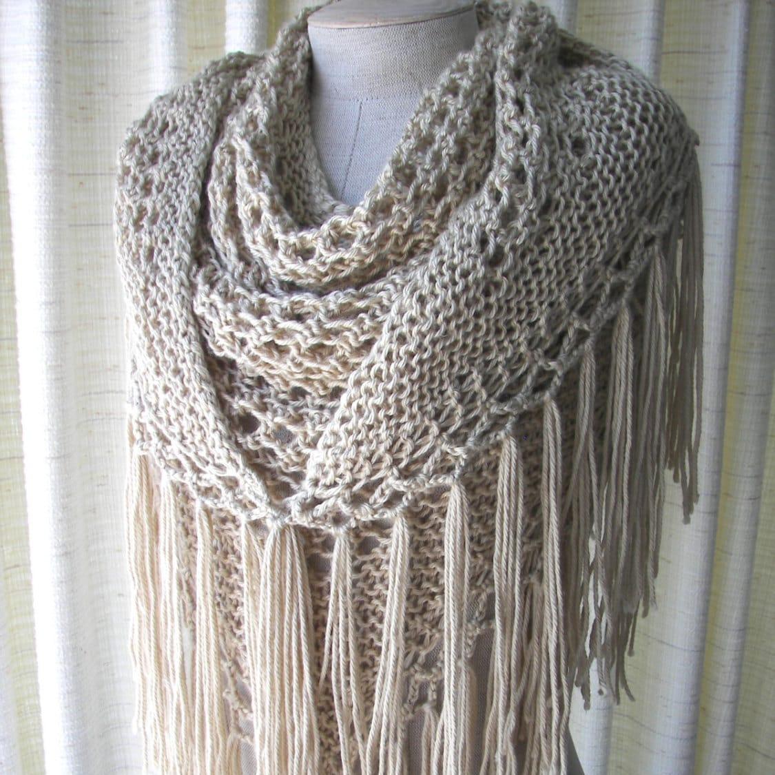 Knochen von Hand stricken Schal Dreieck Schal Fransen aus