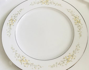 Set of EIGHT~China Dinner Plate Set of 8. Crown Victoria Carolyn