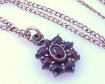 1920's Genuine Bohemian Garnets Necklace