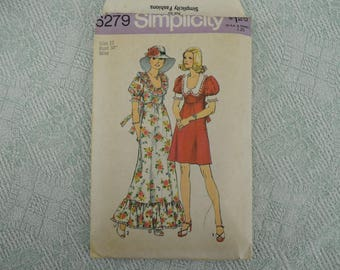 Simplicity Sewing Pattern 6279 dress from 1974 size 12