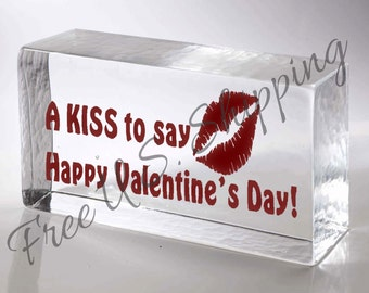 A Kiss To Say Happy Valentine's Day Valentine Decals Valentine Gifts Valentine Crafts Valentine Vinyl