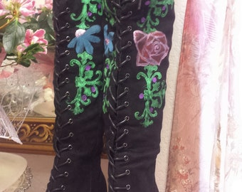Hot Romantic Fairy~Bohemian Gypsy/Fae/Folk/Vampire Gothic/Black Lace Up Boot/Boho Hippie Gypsy Hand Painted Rose Kuchi Coin Boots 8