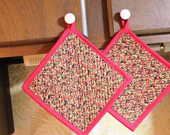 Set 2 Handcrafted Quilted Oversized Potholders Hotpads Trivets, Pebble Mosaic