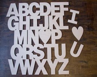Alphabet Wall Decor - I Love U - I <3 U