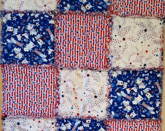 Small Holiday Rag Quilt - Independence Day 4th of July Theme