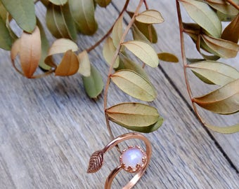 Rose gold ring, moonstone ring, gemstone jewelry, gift for woman, adjustable ring, leaf ring, dainty ring