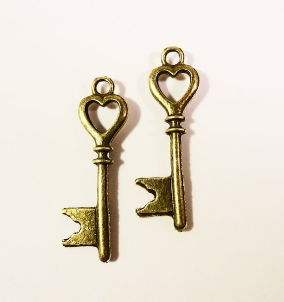 Bronze Heart Key Charms 28x7mm Antique Brass Metal Valentine's Day Skeleton Key Double Sided Charm Drop Pendant Jewelry Making Findings 10pc