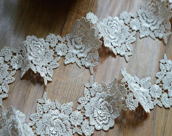 1 Yard  Champagne Venice Lace Trim Rose Flower Appiques Lace 1.96 Inches Width Wedding Dress