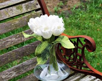7x White tulips, large felted flowers bouquet bridal bouquet apartment felt flowers