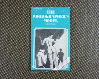 ADULT CONTENT - The Photographer's Model - Vintage Erotica Novel