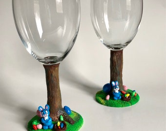 Easter Bunny Egg Hunt Wine Glass, Specialty Gift, Artistic Memories Gift, Trunk Wine Glass