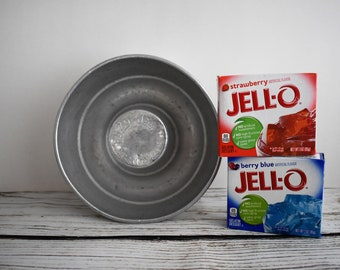 1930's Aluminum Enzo Jel Gelatine Dessert Mold | Vintage Kitchen Collectible | Small Bundt Pan