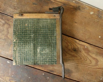 Vintage Wooden Paper Cutter Guillotine Swing Arm Grid Office School Craft Room Industrial