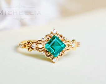 Vintage Princess Square Ring in Lab Emerald, Lab Emerald Square Engagement Ring, Available in 14K Gold, 18K Gold, or Platinum, R1005B
