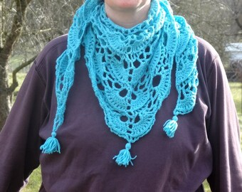 Triangle scarf / shawl turquoise / hand crocheted