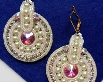 Earrings fashion soutache white mother of pearl crystals flicker.