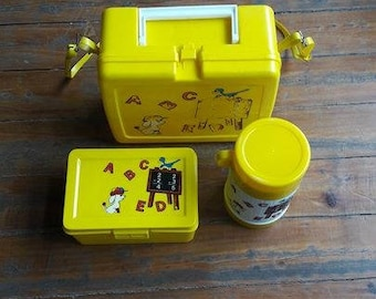 Vintage Lunchbox w/Thermos