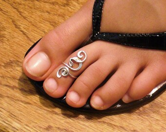 Sterling Silver Toe Ring Twisted Wire Wrapped Cute and Adjustable Midi Ring Silver Sterling Toe Ring Midi Twist Midi Pinky Ring Knuckle Ring