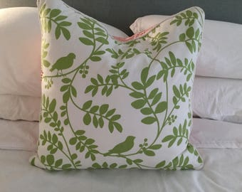 Sweet Pillow with leaves and birds